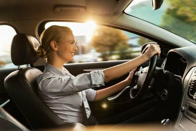 Người lái xe với số tự động luôn được lập trình theo 1 công thức đơn giản nhấn ga là chạy. Tuy nhiên, nếu sơ sót thì có thể xảy ra tai nạn. Vì vậy, khi lái xe phải hết sức lưu ý.