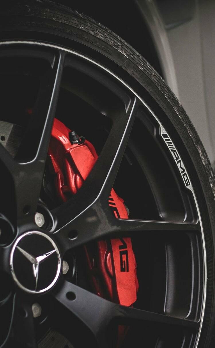 Mercedes AMG là gì?