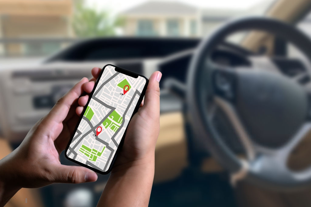 Phụ kiện ô tô luôn được các chủ xe kinh doanh lắp đặt bởi sẽ giúp họ quản lí chuyên nghiệp hơn đồng thời cũng đảm bảo an toàn cho tài xế.