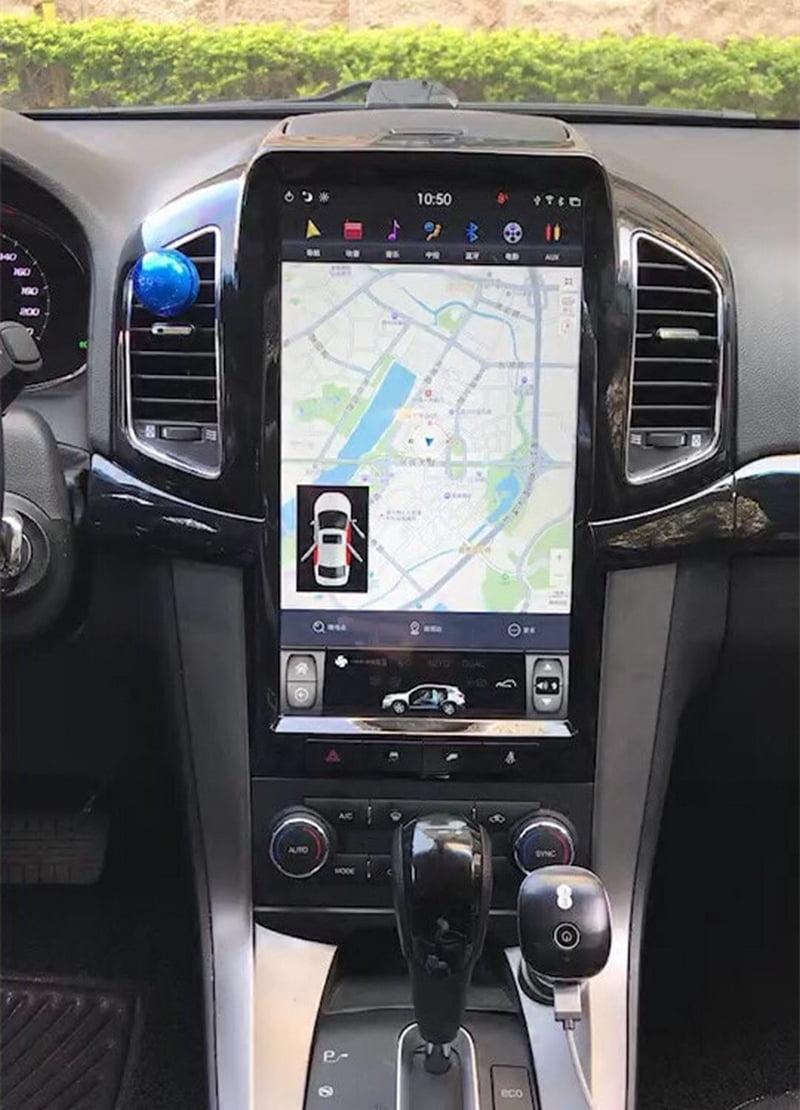 Màn hình DVDCaptiva giúp lái xe có những chuyến đi an toàn khi tham gia giao thông nhờ cảm biến lùi, camera tiến, camera lùi,...