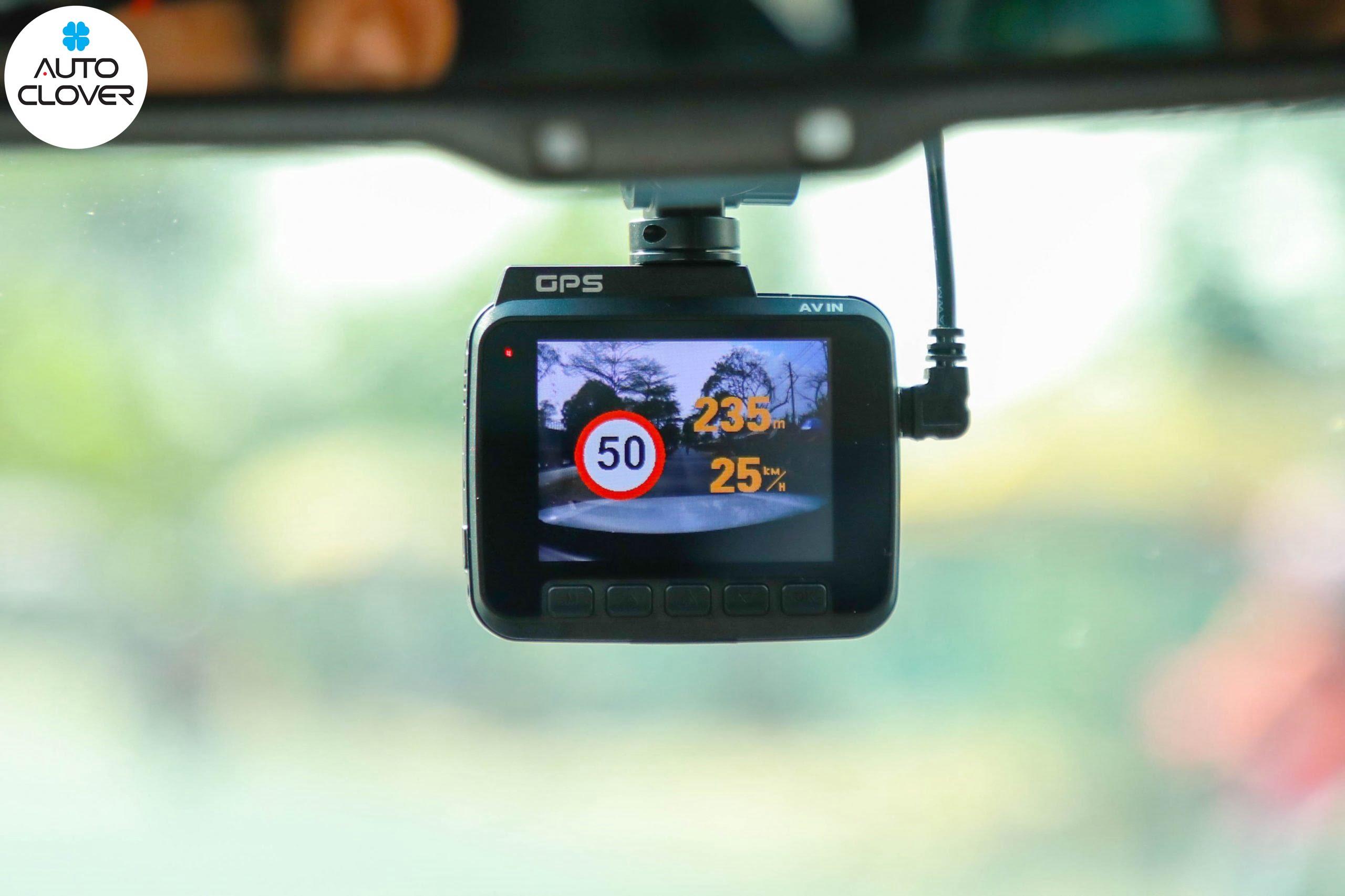 đồ chơi ô tô chính hãng camera hành trình