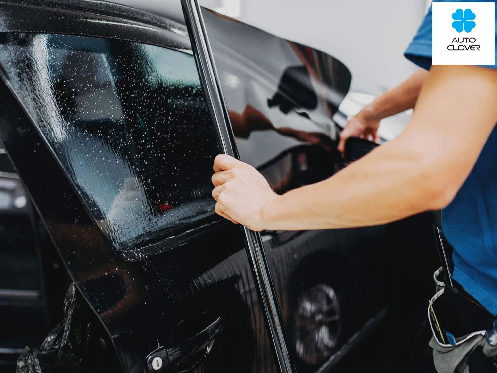 Phụ kiện phim cách nhiệt có tác dụng giúp giảm các bức xa nhiệt của ánh nắng chiếu vào bên trong xe. Đồng thời các tác nhân gây hại cho da như tia UV, tia cực tím,...sẽ được ngăn chặn một cách đáng kể.