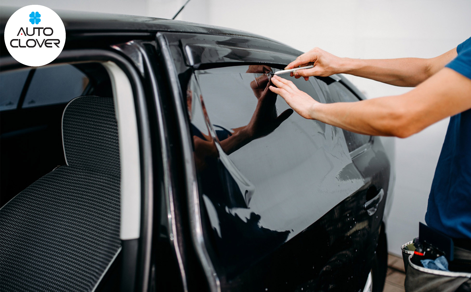 Phim cách nhiệt có tác dụng giúp giảm các bức xa nhiệt của ánh nắng chiếu vào bên trong xe. Đồng thời các tác nhân gây hại cho da như tia UV, tia cực tím,...sẽ được ngăn chặn một cách đáng kể.