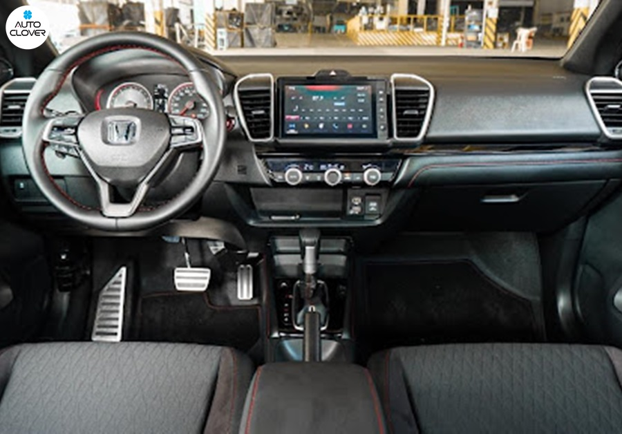 Nội thất rất phù hợp với giá xe Honda City mới đang phân phối trên thị trường.